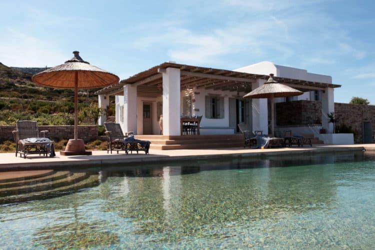 Villa-Eros-Villas-antiparos-olivevillarentals-pool-view