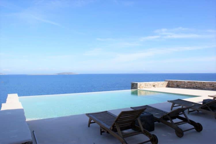 Villa-Eurydice -Villas-antiparos-olivevillarentals-pool-view