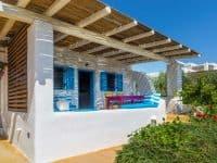 Villa Lavanda in Koufonisia Greece, entrance by Olive Villa Rentals