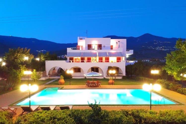 Villa-Thetis-Villas-pelion-olivevillarentals-exterior
