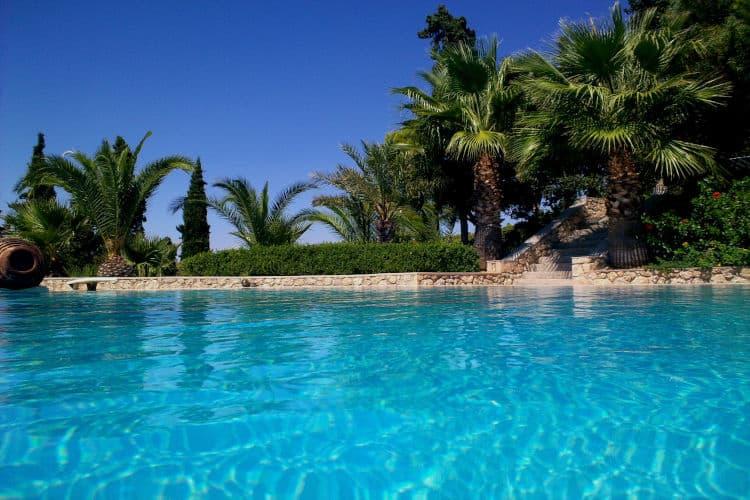 Villa-Camelia-Olive-Villa-Rentals-Spetses-pool