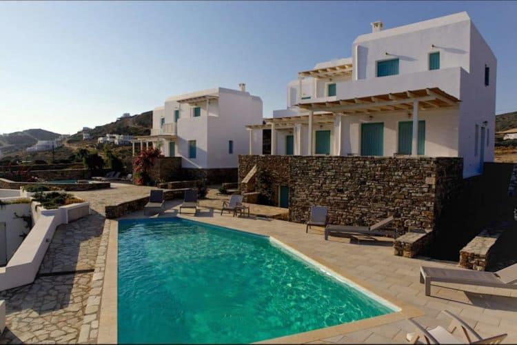 Eris-House-Villas-antiparos-olivevillarentals-pool-view
