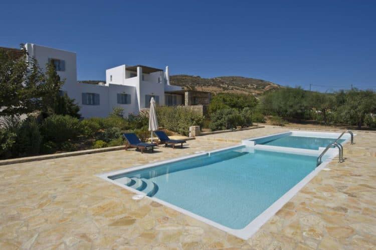Melodia-Residence-Villas-antiparos-olivevillarentals-pool-view
