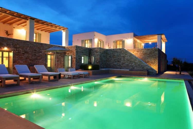 Villa-Orpheus-Villas-antiparos-olivevillarentals-night-pool