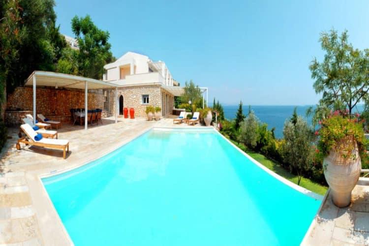 Villa-Ligeia-Villas-corfu-olivevillarentals-infinity-pool