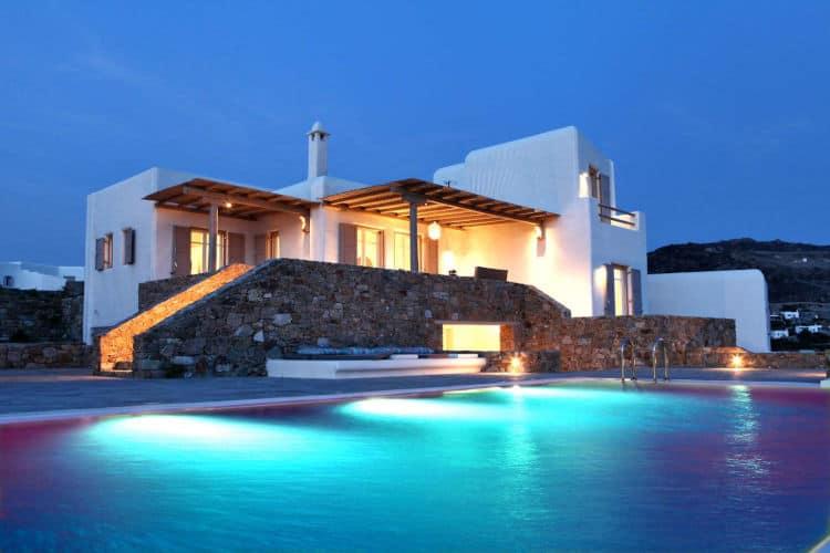Villa-Alistaire-Villas-mykonos-olivevillarental-night-pool