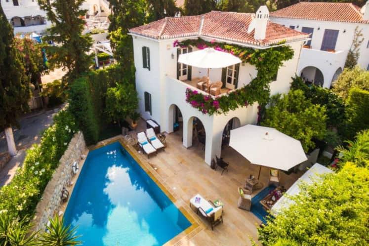 Villa-Veneta-Villas-spetses-olivevillarentals-panoramic