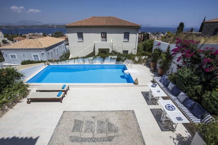 Villa-Spezie--Villas-spetses-olivevillarentals-mosaic-pool