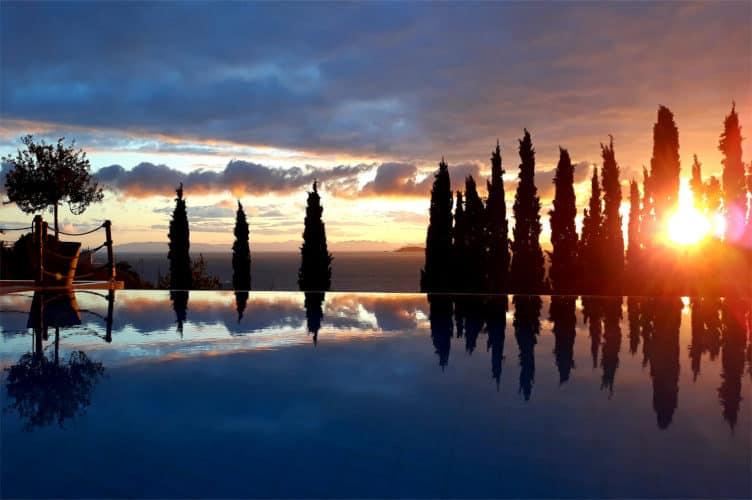 Villa-Serenity-Villas-athens-olivevillarentals-pool-view
