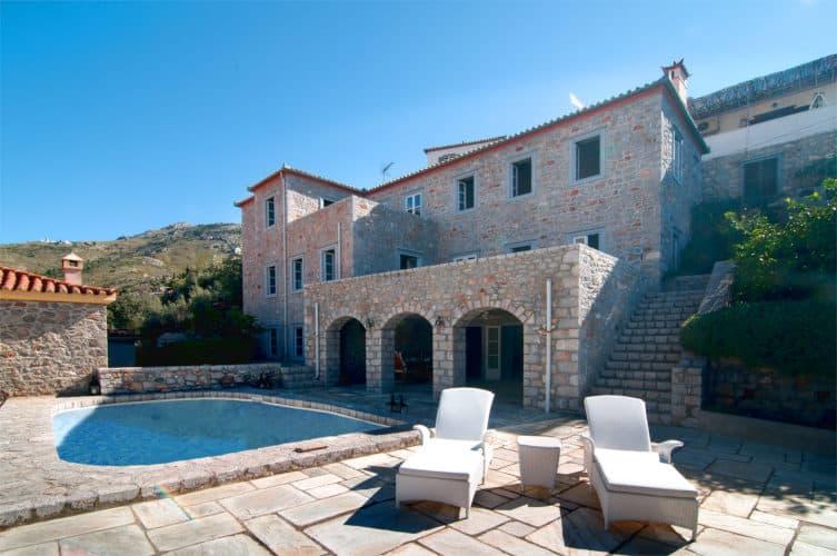 Villa-Begonia-hydra-olivevillarentals-traditional