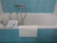 Villa Carmina in Aaegina, bathroom, by Olive Villa Rentals