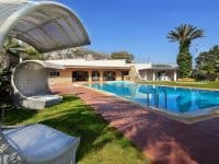 Villa Aristi in Athens, swimming pool, by Olive Villa Rentals