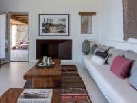 Villa Luna in Tinos, living room, by Olive Villa Rentals