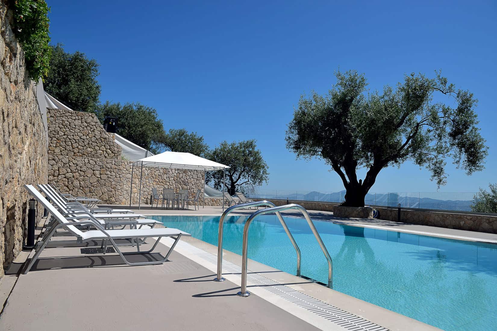 Villa Contessa in Corfu, swimming pool, by Olive Villa Rentals
