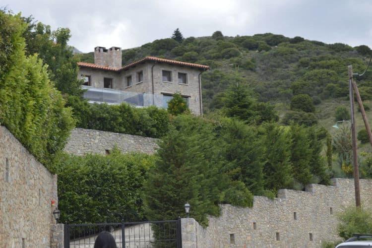 Chalet-Sapins-Olive-Villa-Rentals-Parnassos-view