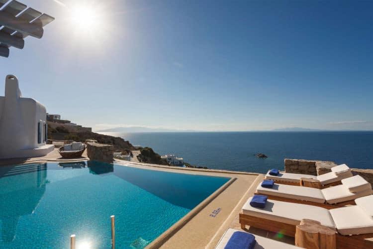 small-Villa-Marsha-Mykonos-by-Olive-Villa-Rentals-day