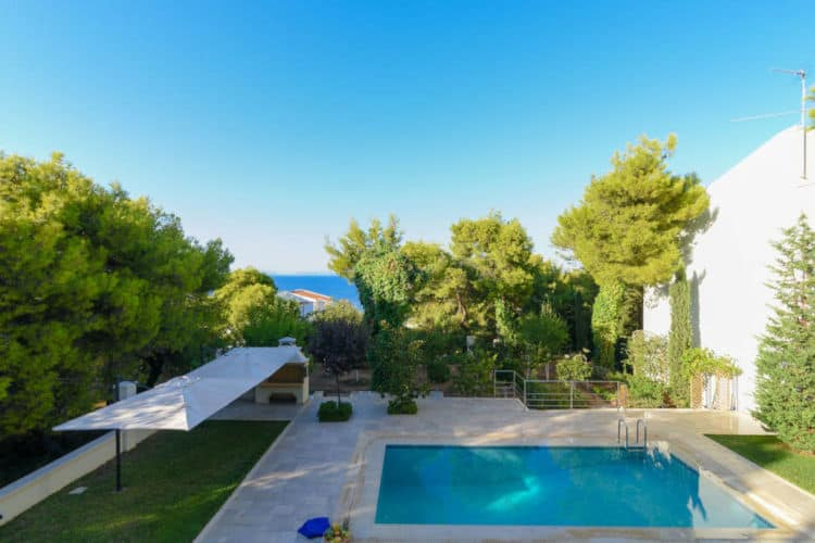Villa-Alterra-Athens-by-Olive-Villa-Rentals-pool