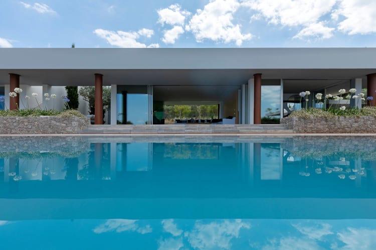 Villa-Eleganza-Porto-Heli-by-Olive-Villa-Rentals-pool-view