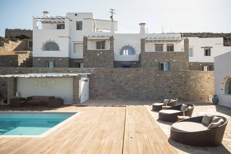 small-Villa- Coco White -Paros-by-Olive-Villa-Rentals-views