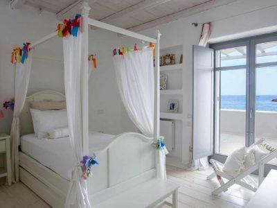 Villa-Melaina-Syros-by-Olive-Villa-Rentals-kids-bedroom-1