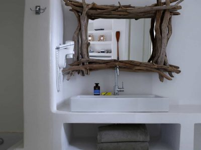 Villa-Melaina-Syros-by-Olive-Villa-Rentals-bathroom