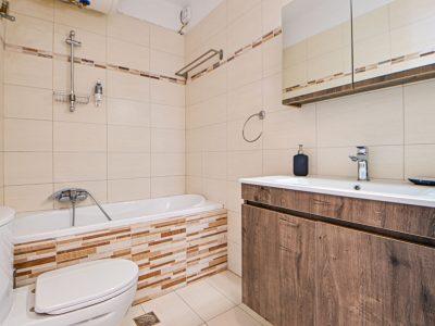 Villa Harmonia in Aegina Greece, bathroom, by Olive Villa Rentals