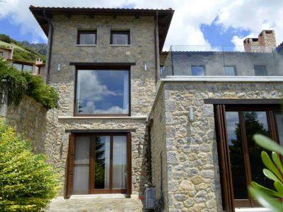 Chalet-Sapins-Olive-Villa-Rentals-Parnassos