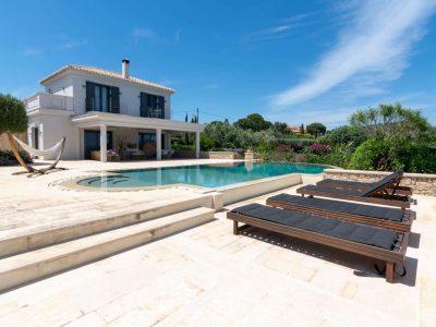 Villa Camille in Porto Heli, swimming pool, by Olive Villa Rentals