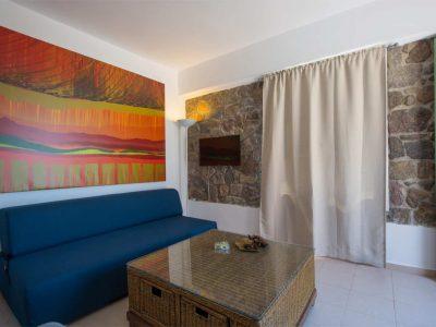Villa Carmina in Aaegina, living room, by Olive Villa Rentals