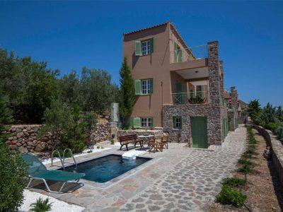 Villa Carmina in Aaegina, pool, by Olive Villa Rentals
