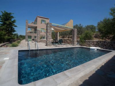 Villa Cerise in Aaegina, pool, by Olive Villa Rentals