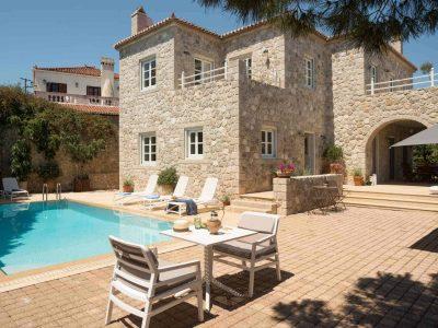Villa- Arte-Spetses-by-Olive-Villa-Rentals-exterior-area