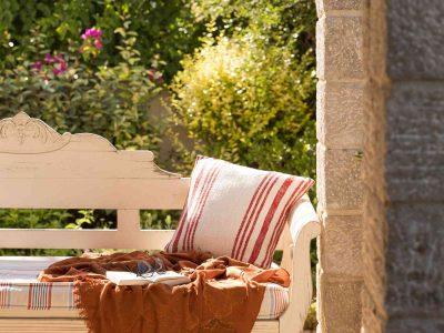 Villa- Arte-Spetses-by-Olive-Villa-Rentals-seating-area