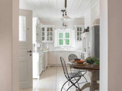 Villa- Arte-Spetses-by-Olive-Villa-Rentals-kitchen