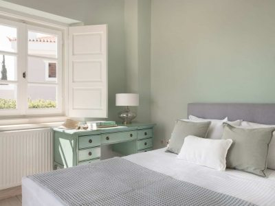 Villa- Arte-Spetses-by-Olive-Villa-Rentals-upper-level-bedroom