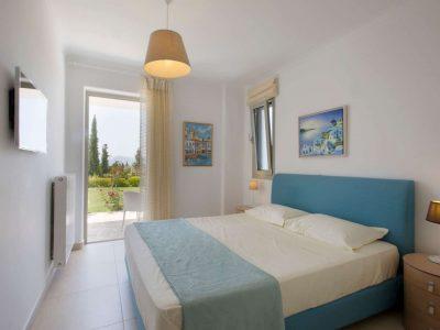 Villa-Celeste-Athens-by-Olive-Villa-Rentals-bedroom-ground-floor