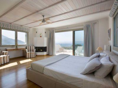 Villa-Celeste-Athens-by-Olive-Villa-Rentals-master-bedroom-upper-floor