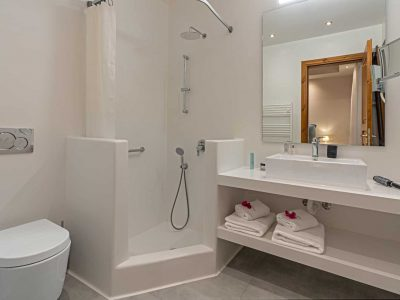 Villa-Helios-Crete-by-Olive-Villa-Rentals-bathroom-1
