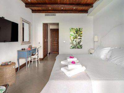 Villa-Hesperis-Crete-by-Olive-Villa-Rentals-bedroom-decor