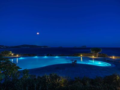 Villa-Hesperis-Crete-by-Olive-Villa-Rentals-night-pool-area
