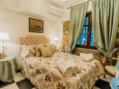 Villa-Verenice-Pelion-by-Olive-Villa-Rentalsbedroom-3