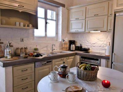 Villa- Cylena -Skopelos-by-Olive-Villa-Rentals-property-b-dining-area