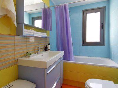Villa Themis in Athens Greece, bathroom 4, by Olive Villa Rentals