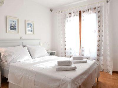 Villa Jason in Pelion Greece, bedroom, by Olive Villa Rentals