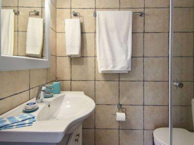 Villa Matilda in Spetses Greece, bathroom, by Olive Villa Rentals