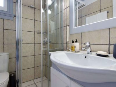 Villa Matilda in Spetses Greece, bathroom 2, by Olive Villa Rentals
