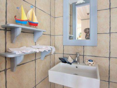 Villa Matilda in Spetses Greece, bathroom 3, by Olive Villa Rentals