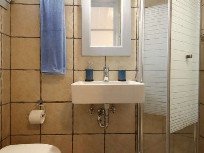 Villa Matilda in Spetses Greece, bathroom 4, by Olive Villa Rentals