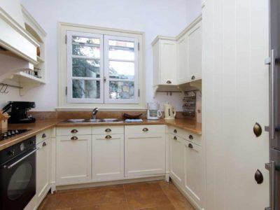 Villa- Marina -Spetses-by-Olive-Villa-Rentals-kitchen
