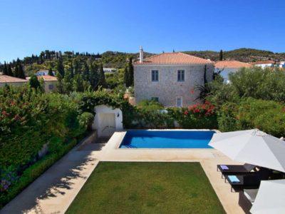 Villa- Marina -Spetses-by-Olive-Villa-Rentals-balcony-views